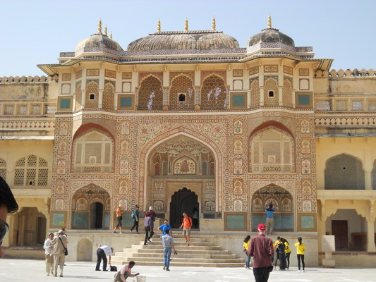 Main gate of Amber Fort