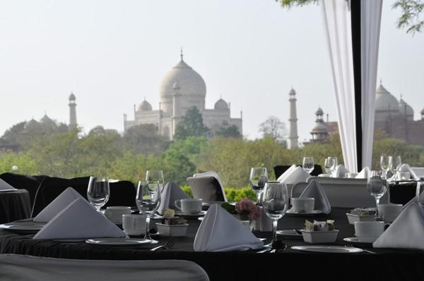 Restuarent in Maharajas Express